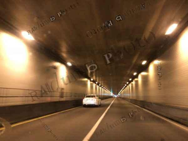 Tunnel Blurry